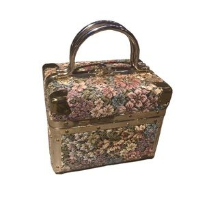 Vintage 90s floral tapestry box purse